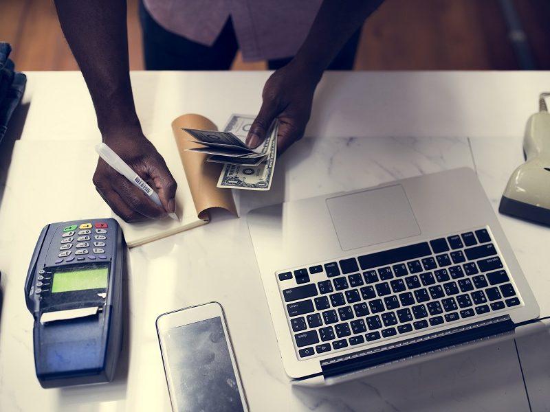 Comparatore prodotti online: prima di acquistare ogni cosa!
